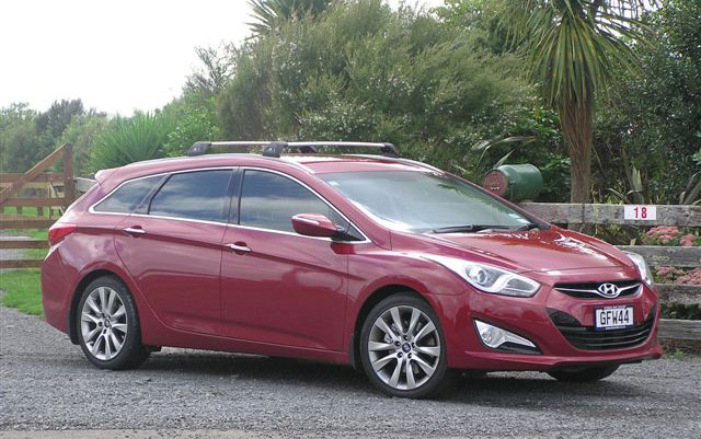 2012hyundai-i40-wagon-uk