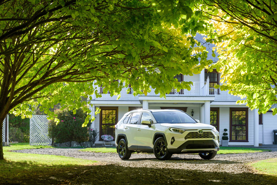 2019 rav4 country 02 1080