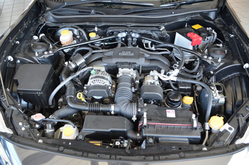 the engine bay of the toyota 86
